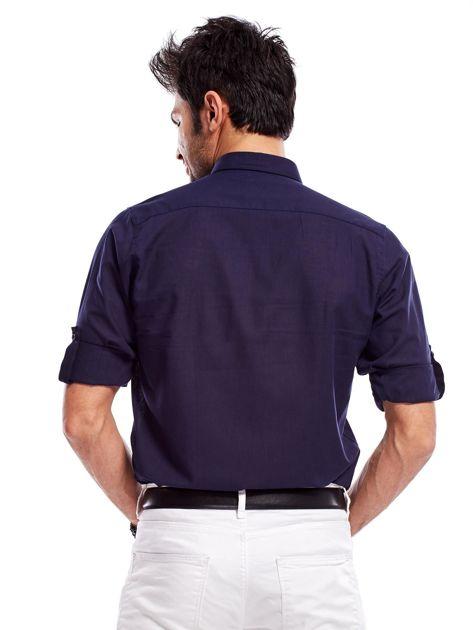 Granatowa koszula męska z podwijanymi rękawami                              zdj.                              2