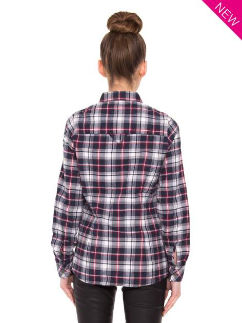 Granatowa koszula w kratę z kieszonką z przodu                                  zdj.                                  4