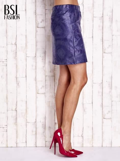 Granatowa mini spódniczka z efektem połysku                                  zdj.                                  2
