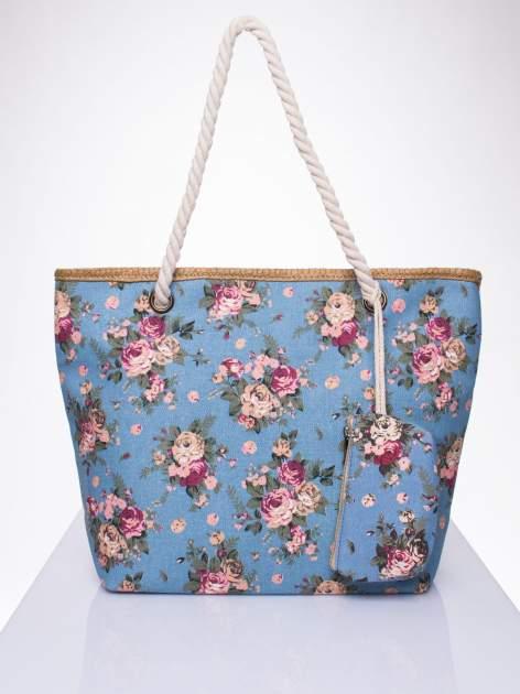 Granatowa plażowa torba w kwiaty na sznurku                                  zdj.                                  1
