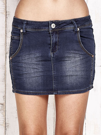 Granatowa spódnica jeansowa z przetarciami