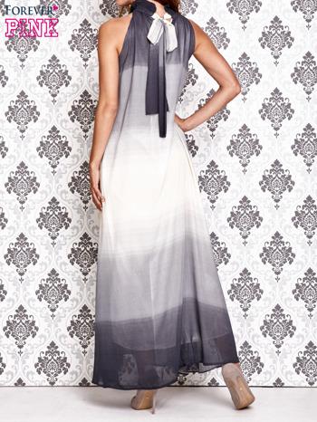 Granatowa sukienka maxi z wiązaniem na plecach                                  zdj.                                  3