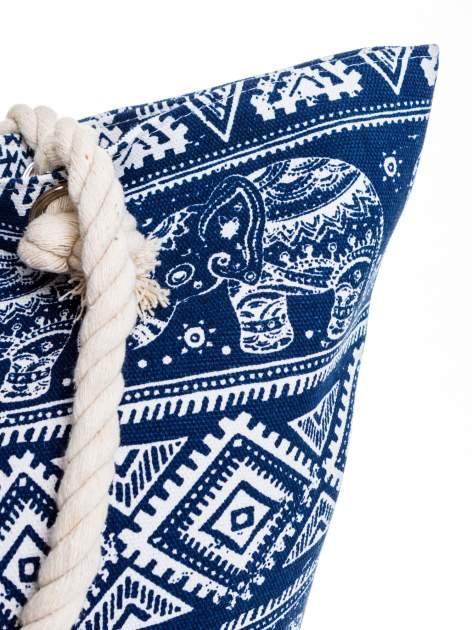Granatowa torba plażowa w indyjskie wzory                                  zdj.                                  8