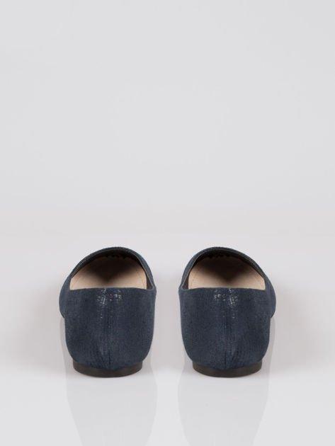 Granatowe baleriny faux leather z efektem animal skin                                  zdj.                                  3