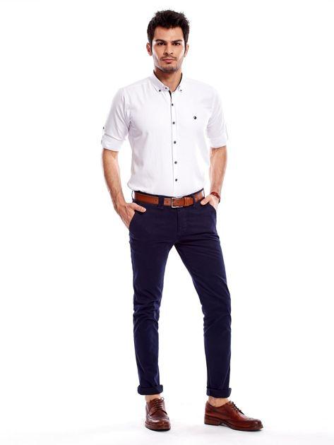 Granatowe bawełniane spodnie męskie chinosy                               zdj.                              4