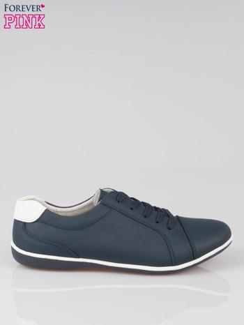 Granatowe buty sportowe faux leather Lucky na granatowej podeszwie                                  zdj.                                  1