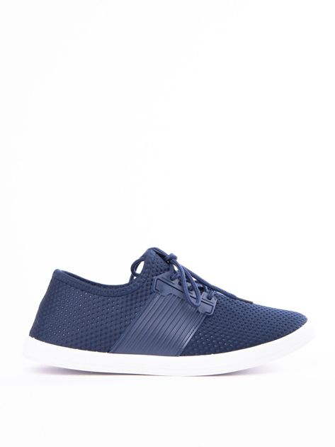 Granatowe buty sportowe z fakturą i gumową wstawką na sznurowaniu                              zdj.                              1