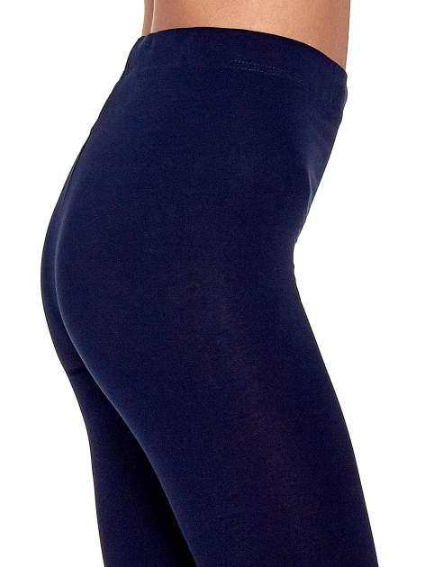 Granatowe gładkie legginsy damskie basic                                  zdj.                                  6