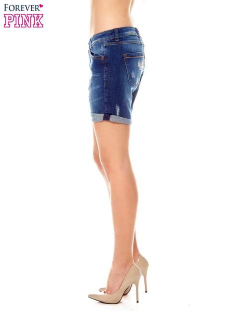 Granatowe jeansowe szorty z podwijanymi nogawkami                                  zdj.                                  3