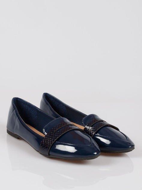 Granatowe lakierowane mokasyny penny loafers Harper                                  zdj.                                  2