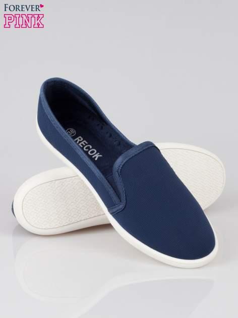 Granatowe lekkie buty sliponki                                  zdj.                                  4