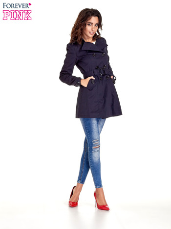Granatowy klasyczny płaszcz typu trencz                                  zdj.                                  8