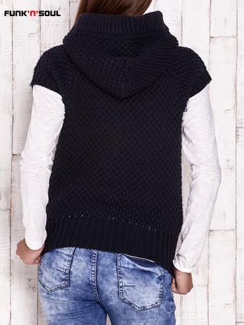 Granatowy sweter z futrzanym kapturem FUNK N SOUL                                  zdj.                                  4