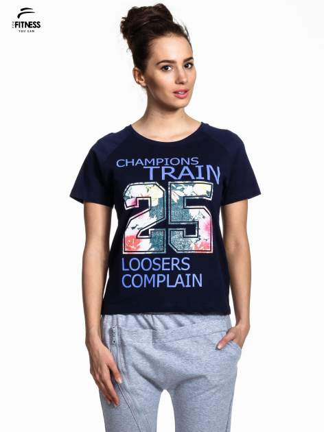 Granatowy t-shirt z kwiatowym numerem 25                                  zdj.                                  1