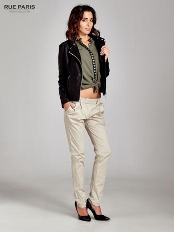 Jasnobeżowe spodnie cygaretki z zakładkami                                  zdj.                                  2