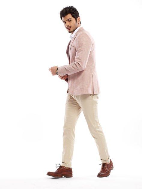 Jasnobeżowe spodnie męskie chinosy o prostym kroju                                  zdj.                                  10