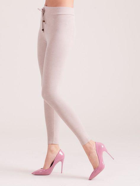 Jasnobeżowe sztruksowe legginsy                               zdj.                              3