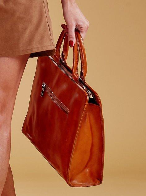Jasnobrązowa torba damska ze skóry w miejskim stylu                              zdj.                              2