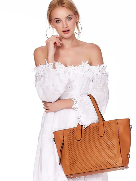 Jasnobrązowa torba shopper z ażurowaniem i odpinanym paskiem                              zdj.                              5