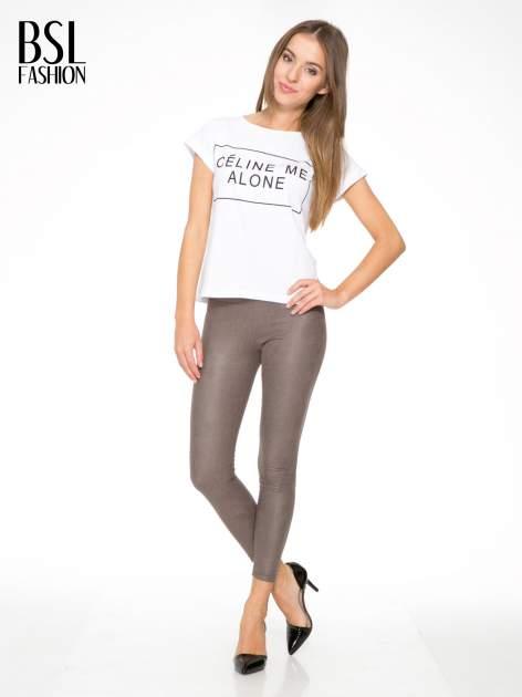 Jasnobrązowe legginsy z efektem skóry krokodyla                                  zdj.                                  2