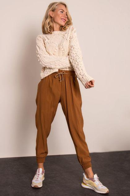 Jasnobrązowe spodnie damskie BSL