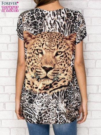 Jasnobrązowy t-shirt z nadrukiem pantery z dżetami                                  zdj.                                  2