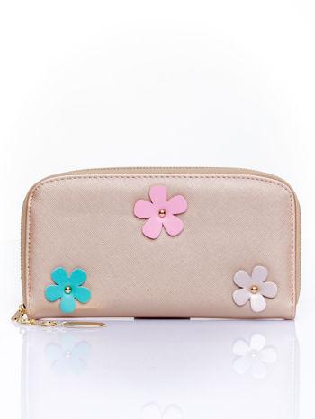 Jasnobrązowy zasuwany portfel w kwiatki