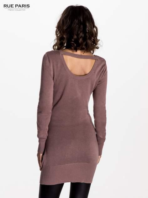 Jasnofioletowa dzianinowa sukienka z perełkami na ramionach                                  zdj.                                  2