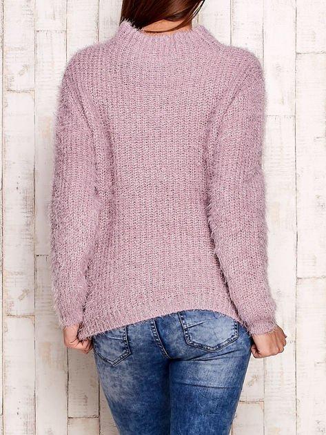 Jasnofioletowy włochaty sweter z półgolfem                                  zdj.                                  2