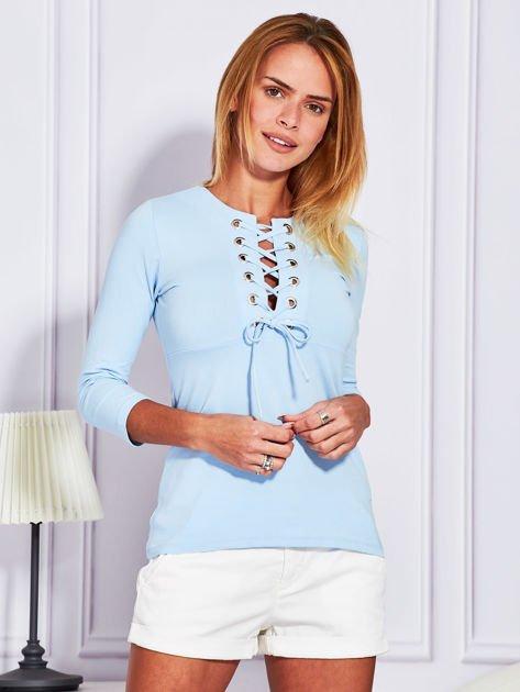 Jasnoniebieska bluzka lace up                              zdj.                              3