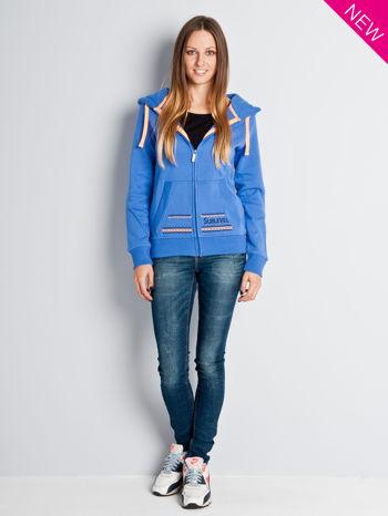 Jasnoniebieska dresowa bluza sportowa z kapturem                                  zdj.                                  4