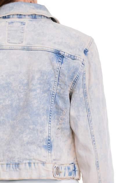 Jasnoniebieska marmurkowa kurtka jeansowa damska                                  zdj.                                  7