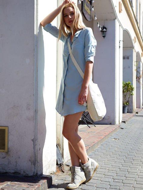 Jasnoniebieska sukienka z kołnierzykiem                               zdj.                              4