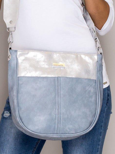 Jasnoniebieska torba z błyszczącym modułem                                   zdj.                                  1