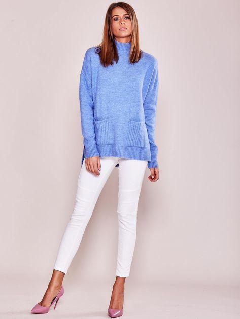 Jasnoniebieski luźny sweter z golfem                              zdj.                              4