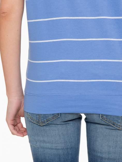 Jasnoniebieski t-shirt w paski                                   zdj.                                  8