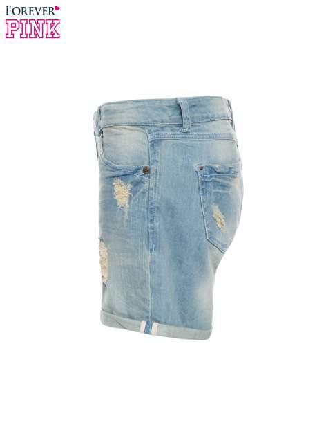 Jasnoniebieskie jeansowe szorty z podwijanymi nogawkami                                  zdj.                                  6