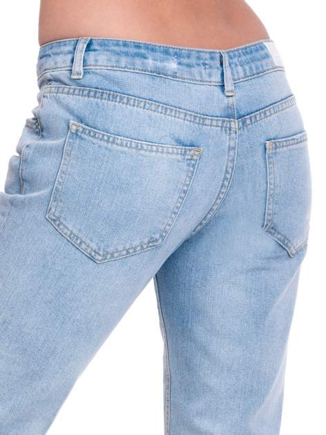 Jasnoniebieskie spodnie jeansowe 7/8  podwijaną nogawką                                  zdj.                                  7