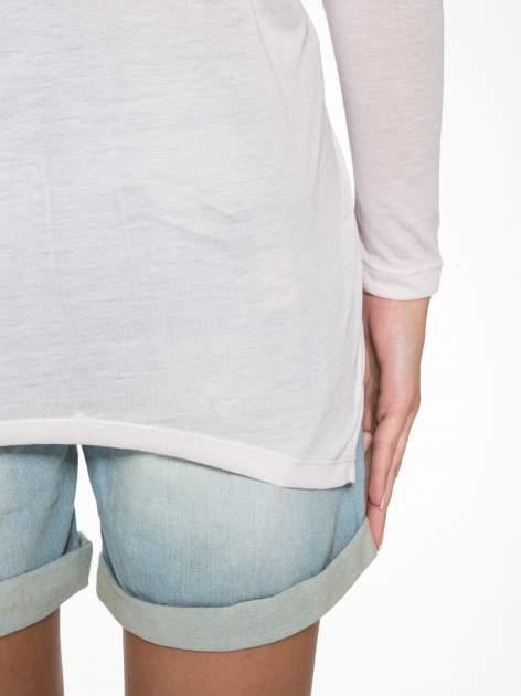 Jasnoróżowa bluzka z asymetrycznym cięciem na dole                                  zdj.                                  6