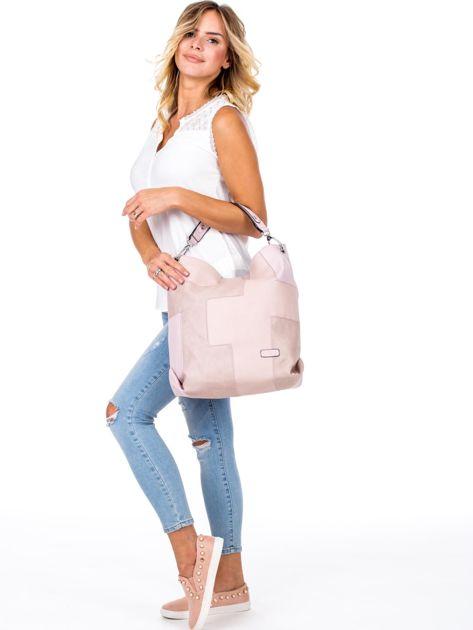 Jasnoróżowa torba-plecak z odpinanymi szelkami                              zdj.                              5