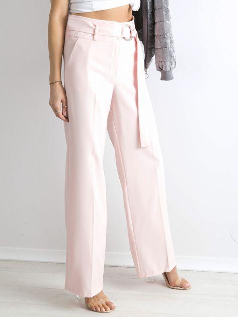 Jasnoróżowe spodnie z wysokim stanem                              zdj.                              3