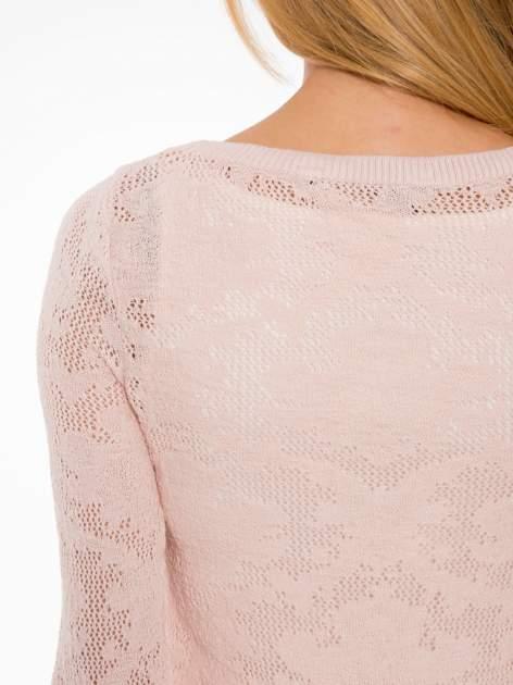 Jasnoróżowy ażurowy sweter z rękawami 3/4                                  zdj.                                  7