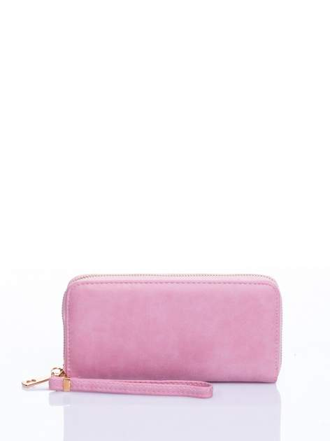 Jasnoróżowy portfel z rączką
