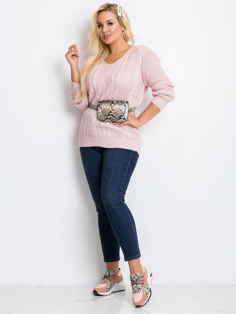 Jasnoróżowy sweter plus size Latte                              zdj.                              4