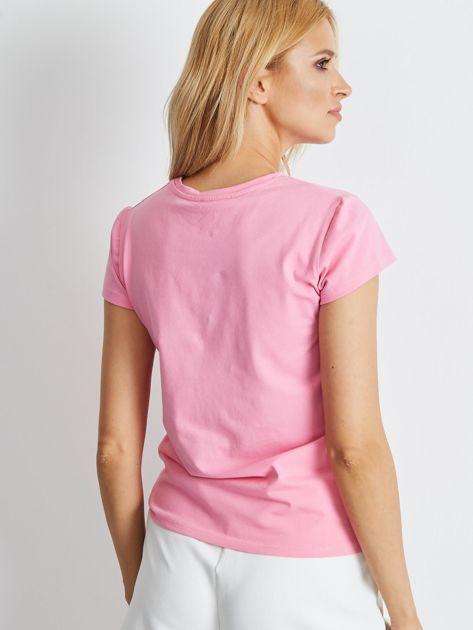Jasnoróżowy t-shirt Peachy                              zdj.                              2
