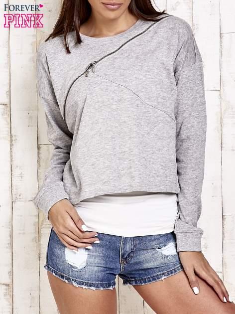 Jasnoszara bluza dresowa z asymetrycznym suwakiem