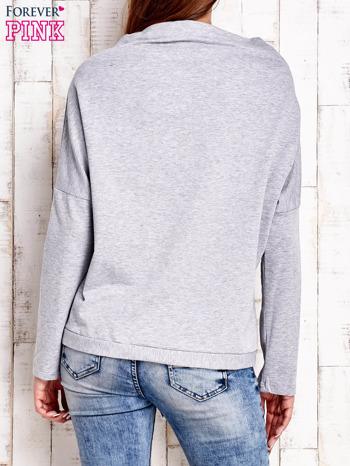 Jasnoszara bluzka oversize z troczkami                                  zdj.                                  4