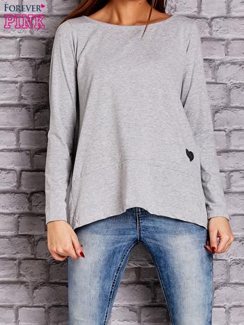 Jasnoszara bluzka z wiązaniem na plecach                              zdj.                              1