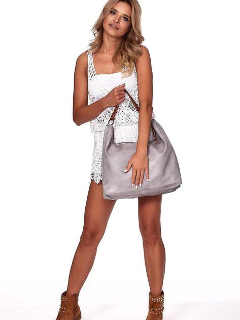 Jasnoszara duża torba z ażurowaniem i odpinanym paskiem                              zdj.                              5