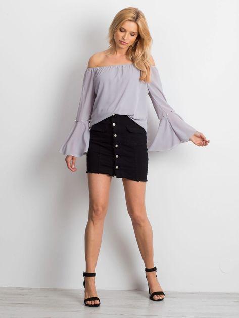 Jasnoszara elegancka bluzka hiszpanka z perełkami                              zdj.                              4